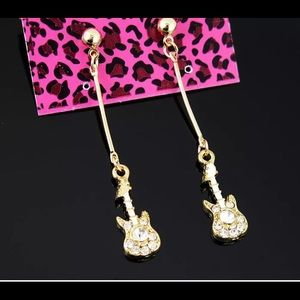 Betsey Johnson gold rhinestone guitar earrings NWT
